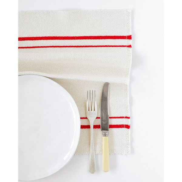 country placemat with stripes on end - RED